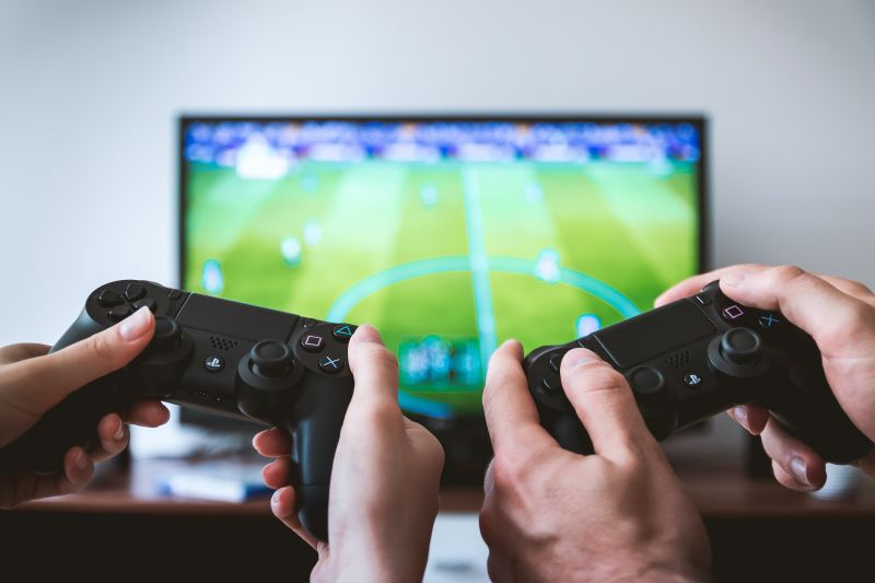 How Video Games Can Help with Studying