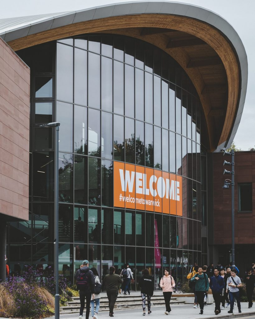 Complete Details On The Best Universities In Coventry