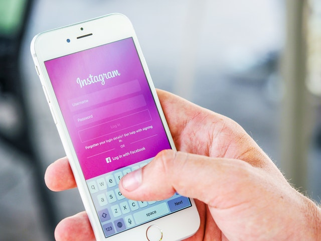 How To Make Money On Instagram As A Teenager?