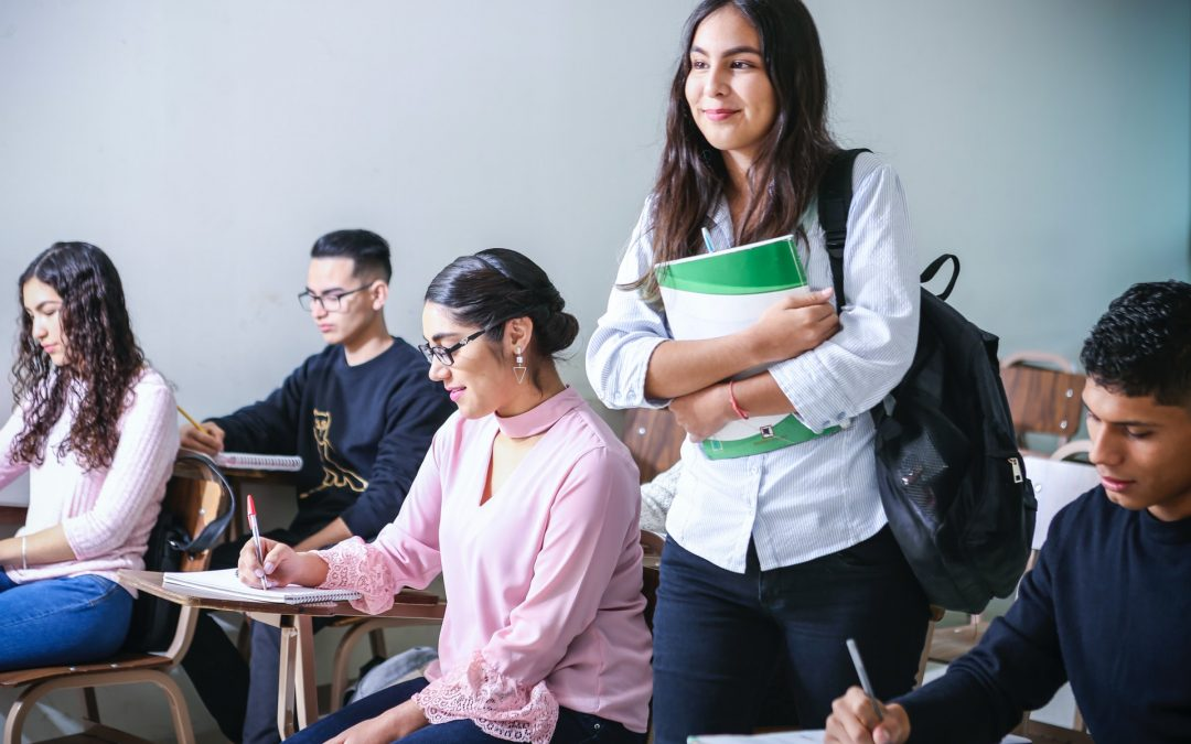 Here's How To Earn College Credits In 2021