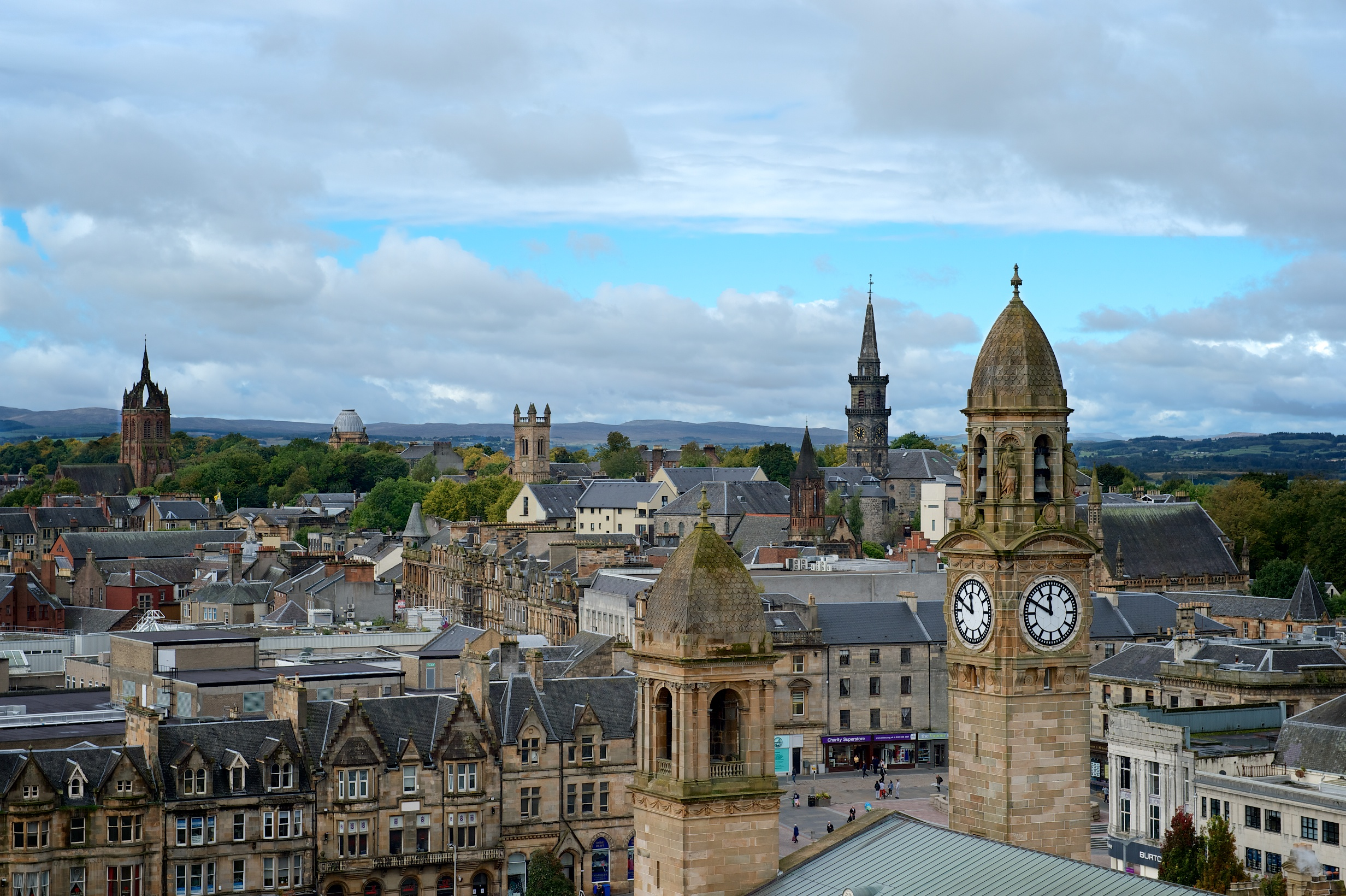 things to do in Paisley for students