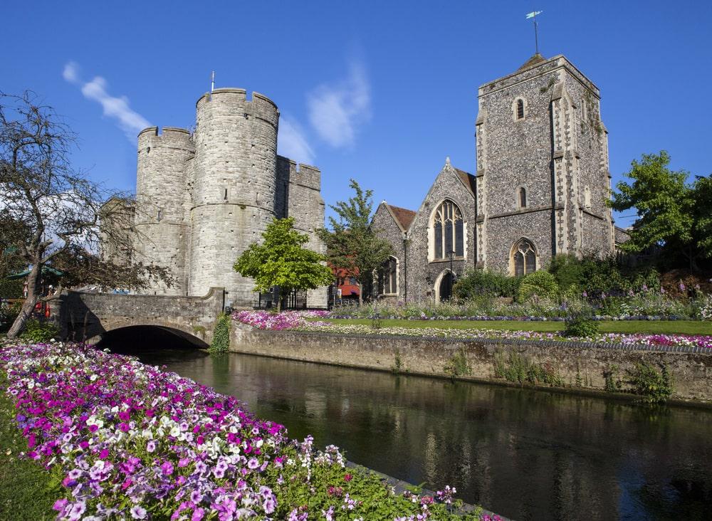 universities in Canterbury