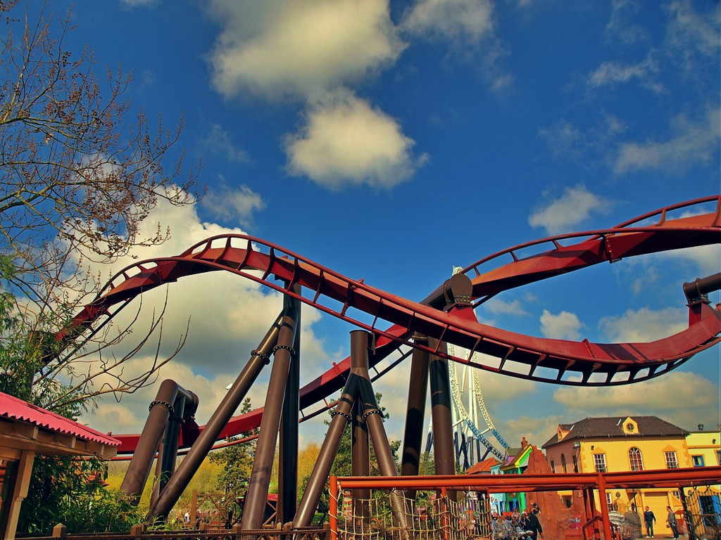 10 Best Theme Parks in the UK
